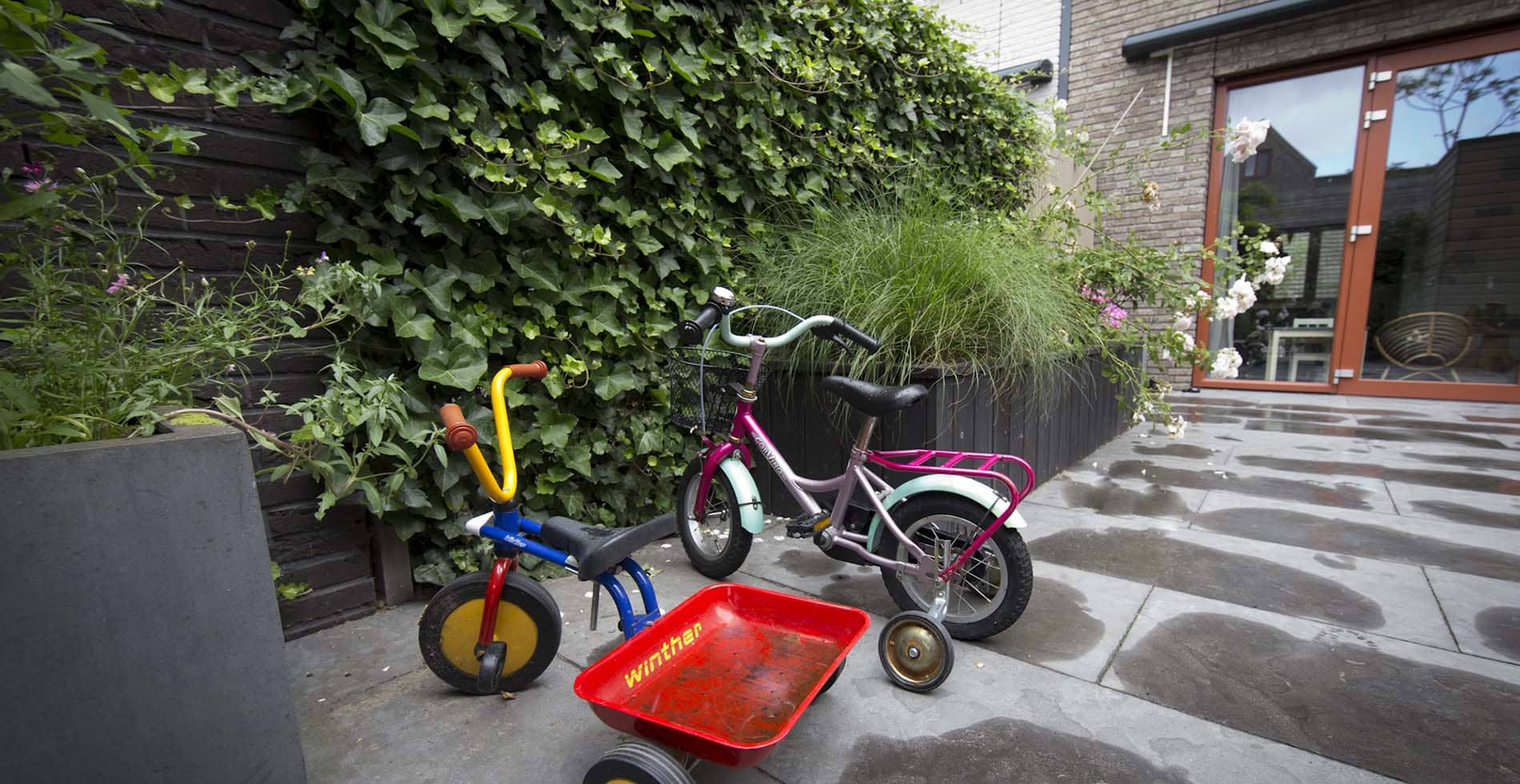 Onderhoudsarme, kindvriendelijke achtertuin